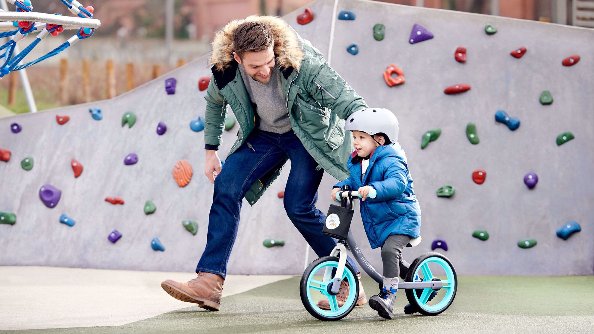 Obrazek Kinderkraft rowerek biegowy 2WAY next light pink z akcesoriami