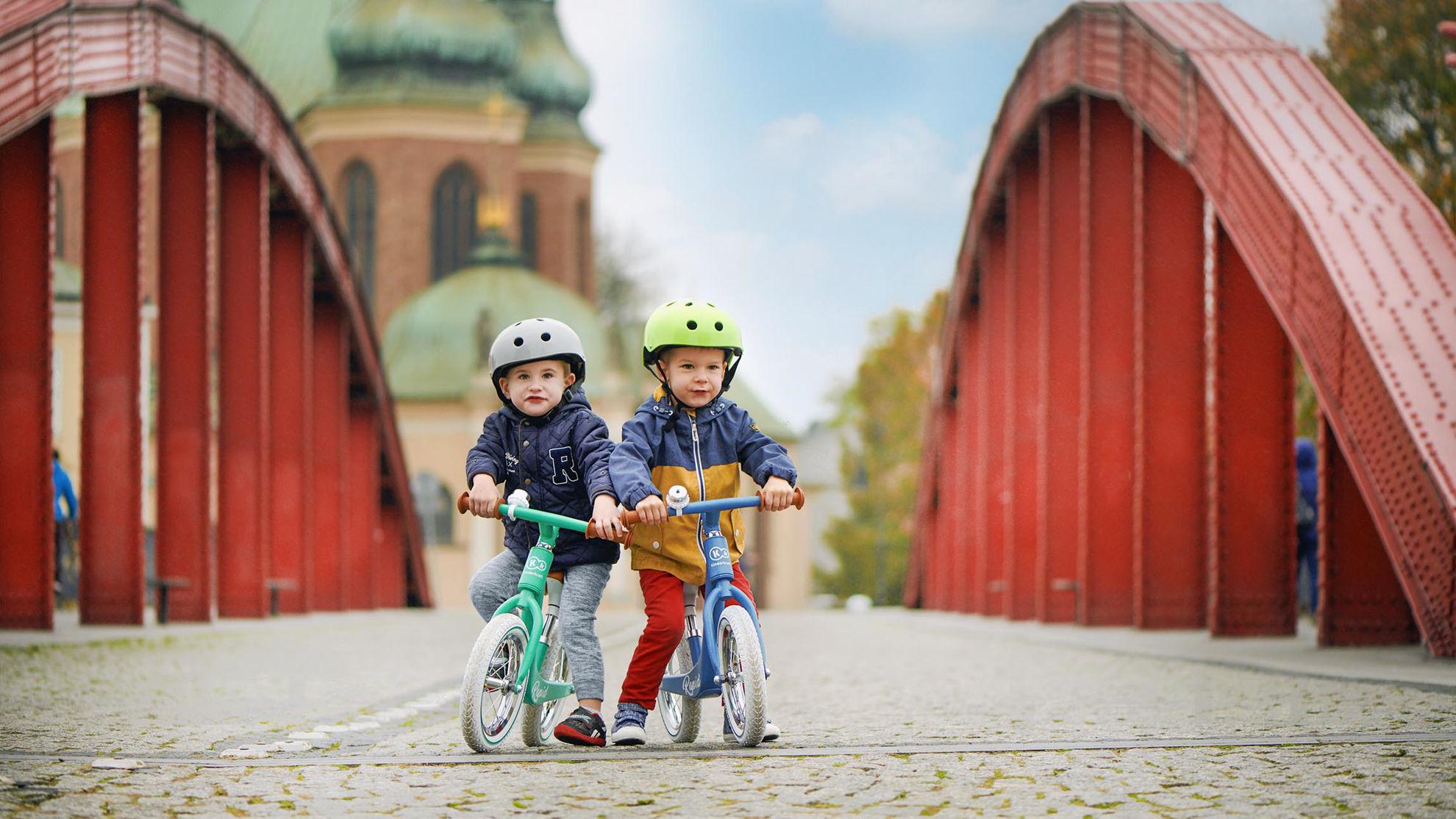 Obrazek Kinderkraft Rowerek biegowy magnesium RAPID midnight green